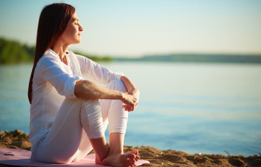 Guía de 40 renuncias para dejar de SUFRIR emocionalmente