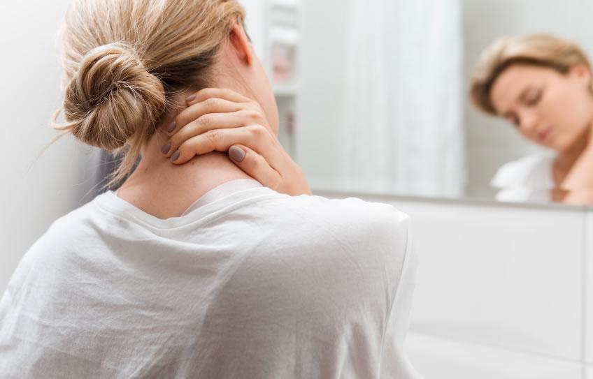 ¿Qué puede significar el dolor en el cuello y brazos?