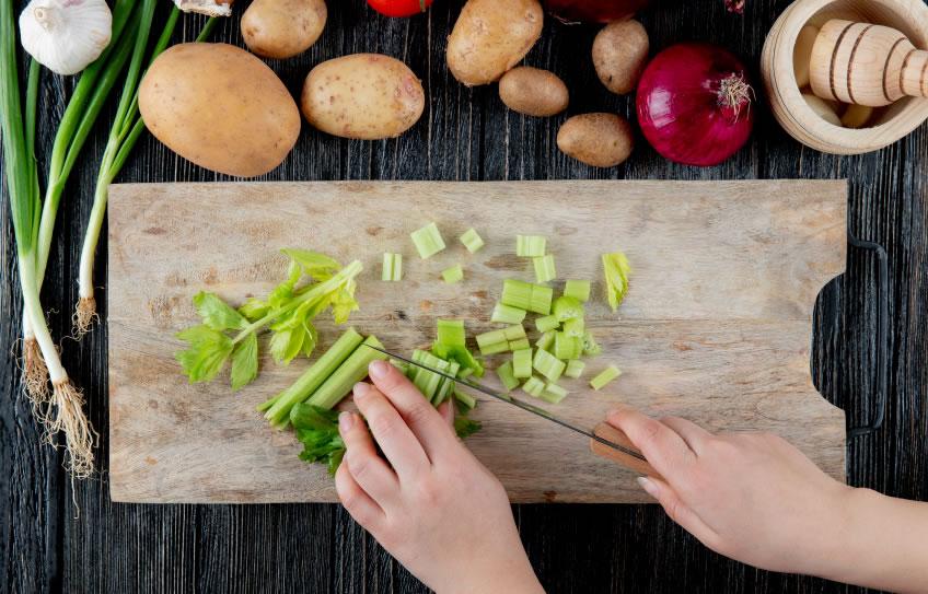 🥬El APIO y sus 8 beneficios para tu salud 🥬